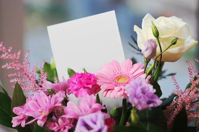 5 món quà mà bất cứ người phụ nữ nào cũng phải mê mẩn - Ảnh 1.