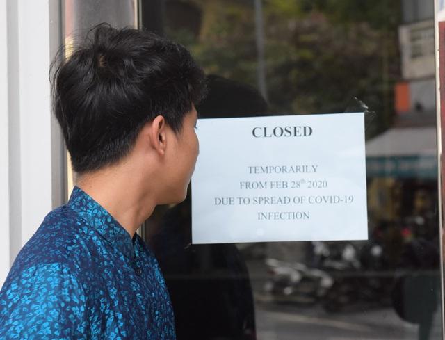 Chùm ảnh: Khách sạn đóng cửa, công ty lữ hành giảm giá kịch sàn mùa dịch COVID-19  - Ảnh 1.
