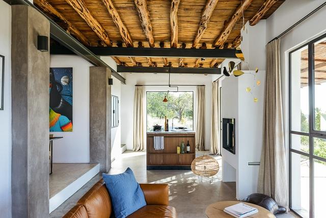 Căn nhà cấp 4  màu trắng nổi bật giữa thiên nhiên hoang sơ với cách thiết kế rất sinh động - Ảnh 15.