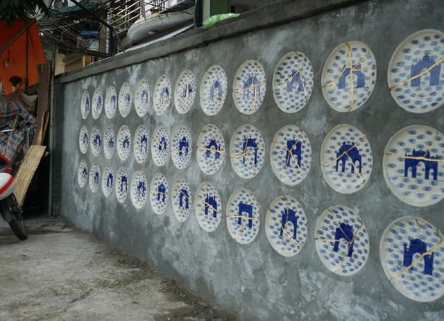 Từ con đường rác biến thành không gian nghệ thuật dưới chân cầu Long Biên - Ảnh 7.