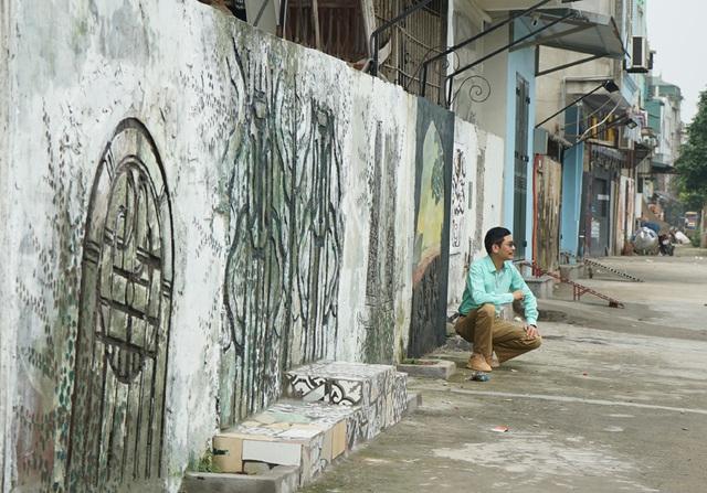 Từ con đường rác biến thành không gian nghệ thuật dưới chân cầu Long Biên - Ảnh 10.