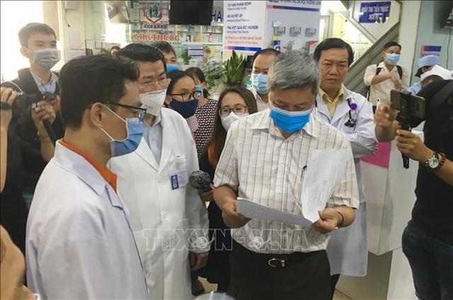 Hệ thống y tế tư nhân cần sẵn sàng phòng chống dịch COVID-19 - Ảnh 4.