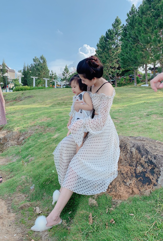Gia đình nhỏ hạnh phúc của cặp vợ chồng nữ doanh nhân Phan Phạm Phương Uyên - Ảnh 3.