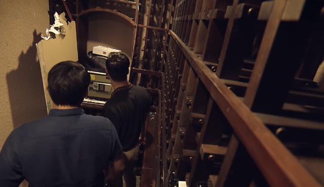 Sinh tử tập 80 (tập cuối): Chiếc két sắt mà Huy tìm thấy chứa đựng điều bí mật gì? - Ảnh 1.