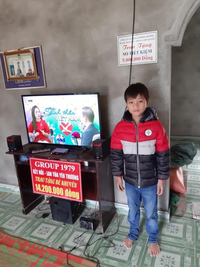 VIDEO: Hé lộ cuộc sống mới của cậu bé 10 tuổi sống một mình trong rừng ở Tuyên Quang - Ảnh 6.