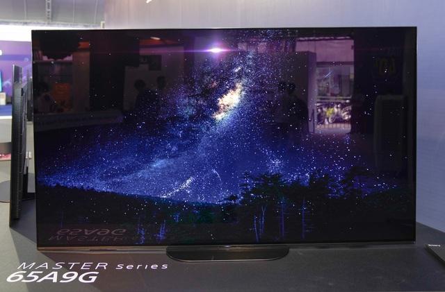 6 mẫu TV giá vài trăm triệu đồng - Ảnh 3.