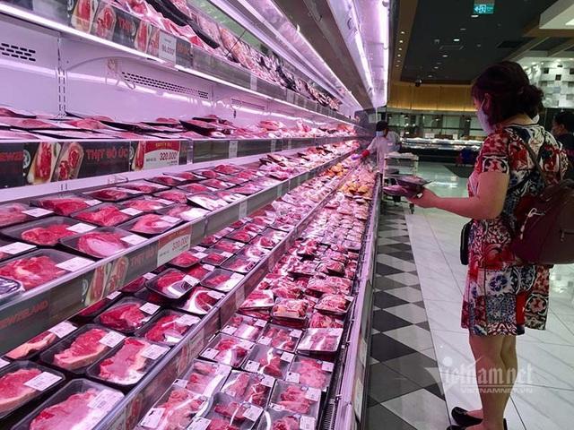 Tuyên bố giảm giá mà thịt lợn vẫn quá đắt, có người đang ăn lãi đậm - Ảnh 3.