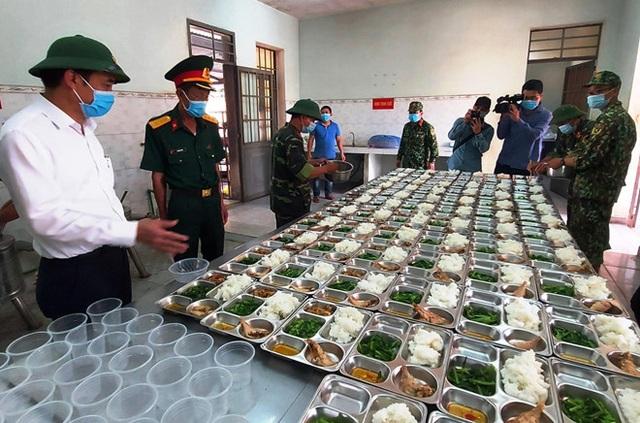 Nhiều hành khách hủy vé bay khi Đà Nẵng quy định thu phí cách ly người đến từ Hà Nội, TP.HCM - Ảnh 6.