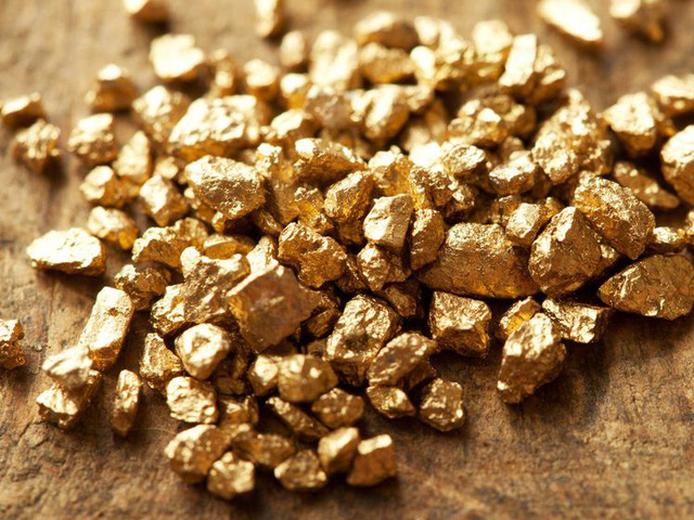 Giá vàng hôm nay 5/4: Tăng nhẹ, chênh lệch mua bán cao khiến người mua vàng lỗ cả triệu đồng chỉ sau 1 tuần - Ảnh 1.