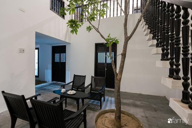 Ngôi nhà nhỏ được thiết kế theo phong cách nhà cổ Hội An đẹp bình yên dưới bóng cây xanh - Ảnh 22.