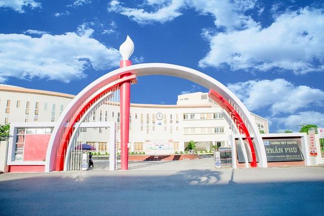 Hàng chục học sinh Hải Phòng giành giải kỳ thi Olympic Toán học Nga - Ảnh 2.