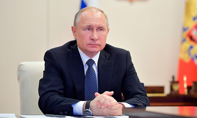 Tổng thống Nga Putin gặp khó khi chống Covid-19 - Ảnh 1.