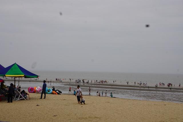 Hải Phòng, Quảng Ninh mở cửa biển trở lại - Ảnh 5.