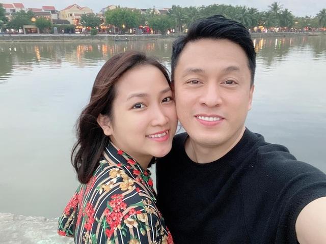 Lam Trường kể bí mật từng bế bà xã Yến Phương hồi 7 tuổi, chia sẻ vợ rất yêu con riêng - Ảnh 3.