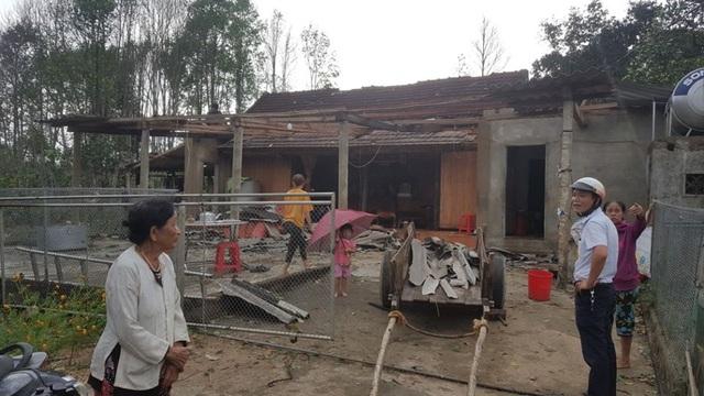 Hà Tĩnh: Lốc xoáy kèm mưa lớn, hơn 130 nhà dân bị hư hỏng nặng - Ảnh 3.