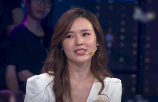 Midu bất ngờ hé lộ đời sống tình cảm khi chia         tay Phan Thành trong chương trình Người ấy là ai vừa phát sóng - Ảnh 2.