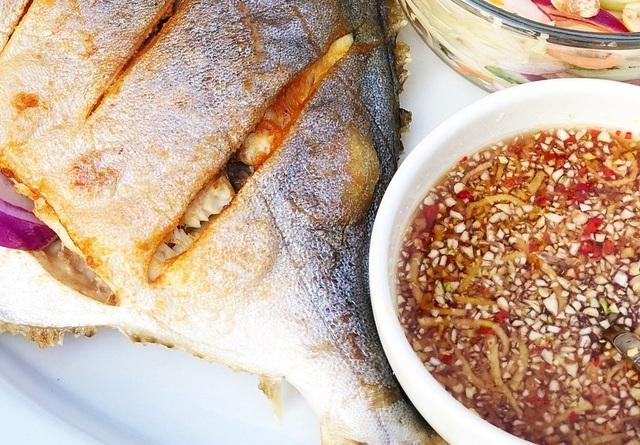 7 công thức pha nước chấm đơn giản cho thịt luộc, hải sản - Ảnh 1.