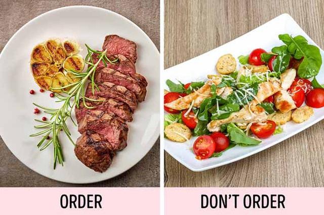 Những sai lầm khiến bạn trở nên quê kiểng hết mức khi đi ăn nhà hàng - Ảnh 5.