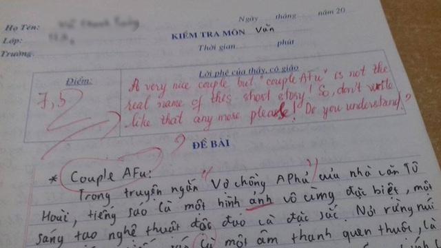 Kiểm tra Văn nhưng lại thích chêm tiếng Anh, nam sinh bị cô giáo vặn lại, nhìn lời phê mà toát mồ hôi - Ảnh 1.