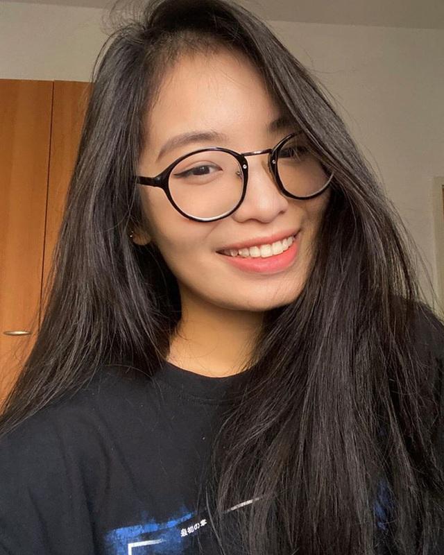 Con sao Việt khoe giọng, nối nghiệp cha mẹ vào showbiz - Ảnh 4.