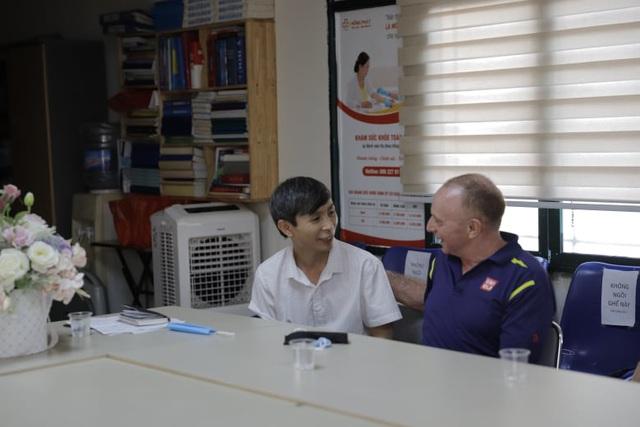Ra mắt Câu lạc bộ tiếng Anh của Hội Vật lý Trị liệu Việt Nam - Ảnh 4.