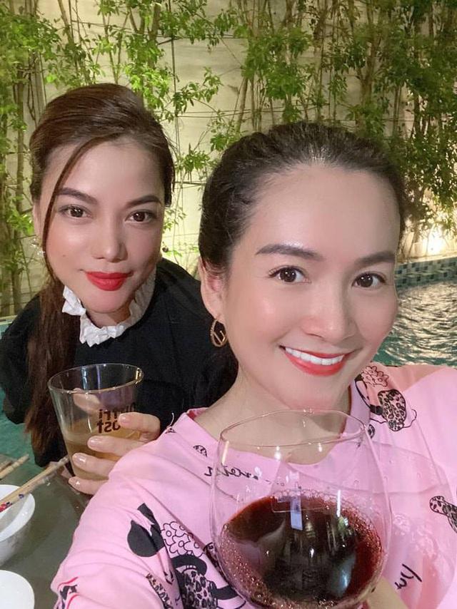 Bà xã Bình Minh ngày càng trẻ, đọ sắc với Hoa hậu vẫn không thua kém nhờ chăm thể thao - Ảnh 5.