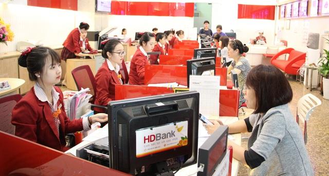 Tiết kiệm HDBank, mua sắm thả phanh - Ảnh 1.