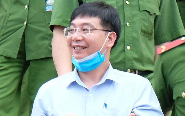 Cựu thượng tá công an trong vụ gian lận điểm thi ở Hòa Bình lĩnh 6 năm tù  - Ảnh 2.