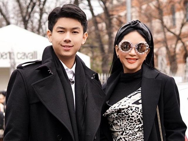 Ngoại hình con trai út nhà Johnathan Hạnh Nguyễn - Ảnh 3.
