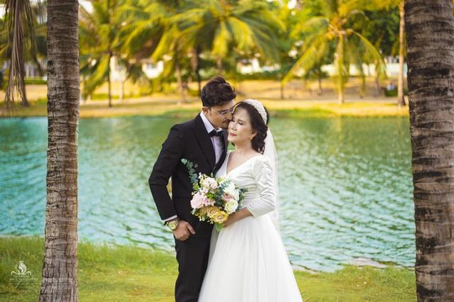 Cô dâu 65 tuổi lấy chồng ngoại 24 tuổi khoe ảnh cưới cực ngầu sau khi gặp mặt cặp đôi vợ chồng 62 - 26 - Ảnh 5.
