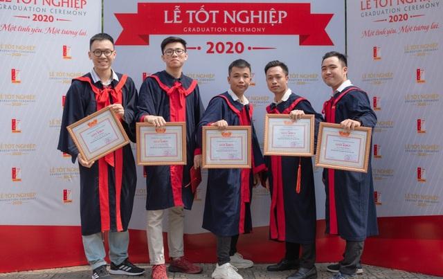 3 cậu bạn thân Bách khoa cùng ra trường sớm, tốt nghiệp loại xuất sắc - Ảnh 1.