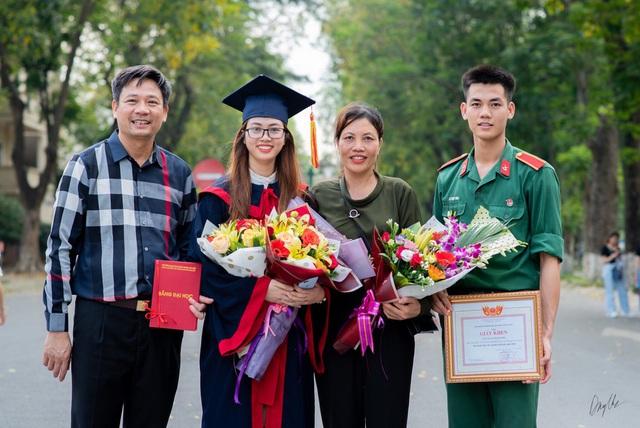 Nữ 9X tốt nghiệp xuất sắc, trở thành thủ khoa ĐH Bách khoa Hà Nội - Ảnh 3.