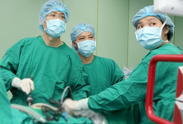 Thông đường mật cứu bệnh nhân ung thư gan - Ảnh 1.