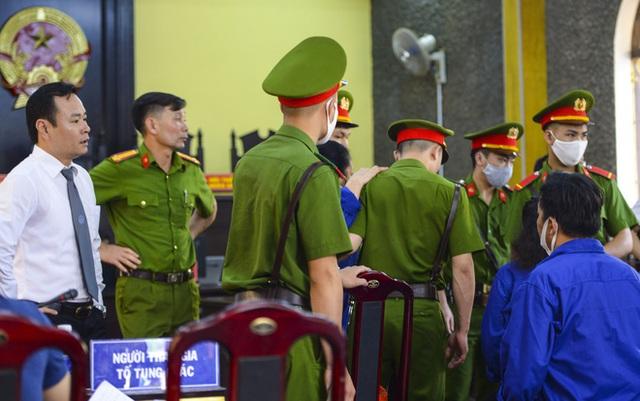 Cựu chuyên viên khảo thí nhận 1 tỷ để nâng điểm ở Sơn La bị đề nghị 25 năm tù  - Ảnh 12.