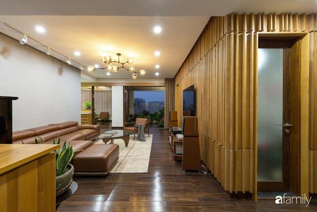 Căn hộ tầng 26 phá vỡ khuôn mẫu cứng nhắc để biến thành resort trên cao với ánh sáng và cây xanh đẹp mắt ở Cầu Giấy, Hà Nội - Ảnh 7.