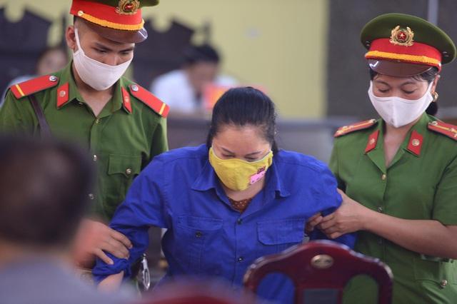 Cựu chuyên viên khảo thí nhận 1 tỷ để nâng điểm ở Sơn La bị đề nghị 25 năm tù  - Ảnh 6.