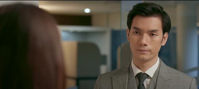 Tình yêu và tham vọng tập 19: Không biết Linh đã một lần nữa xin thôi việc, Tuệ Lâm đòi sa thải tình địch - Ảnh 1.