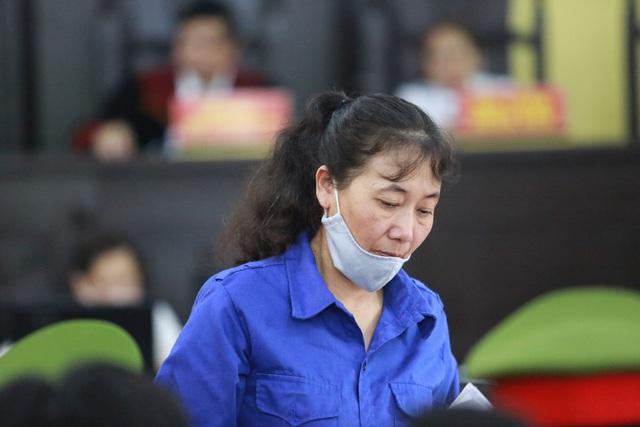 Cựu chuyên viên Sở GD&ĐT Sơn La xin giảm tội do bị cấp trên sai khiến - Ảnh 2.