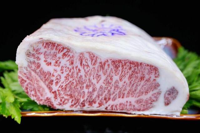 18 triệu đồng một kg bò Kobe - Ảnh 2.
