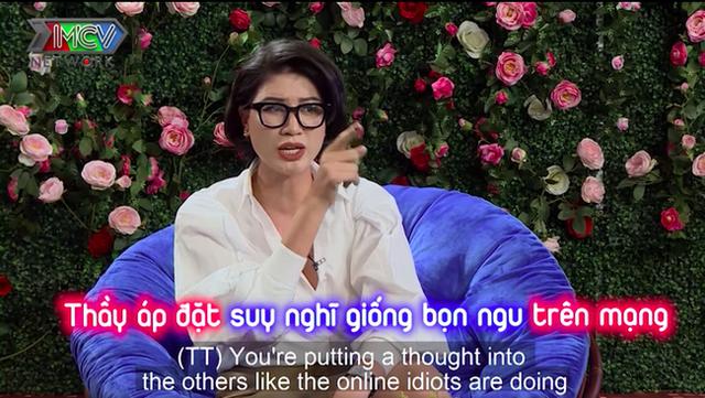 """Trang Trần """"vỗ mặt"""" cả showbiz: Từ TS. Lê Thẩm Dương, Hoa hậu Hương Giang cho đến Phạm Hương - Ảnh 2."""