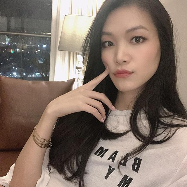"""Hoa hậu chiều cao """"khủng"""" nhưng xui xẻo nhất Việt Nam giờ ra sao? - Ảnh 3."""