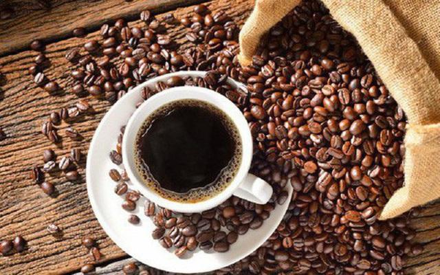 Rắc bã cà phê xung quanh gốc cây, điều kì diệu xảy ra sau một đêm - Ảnh 4.