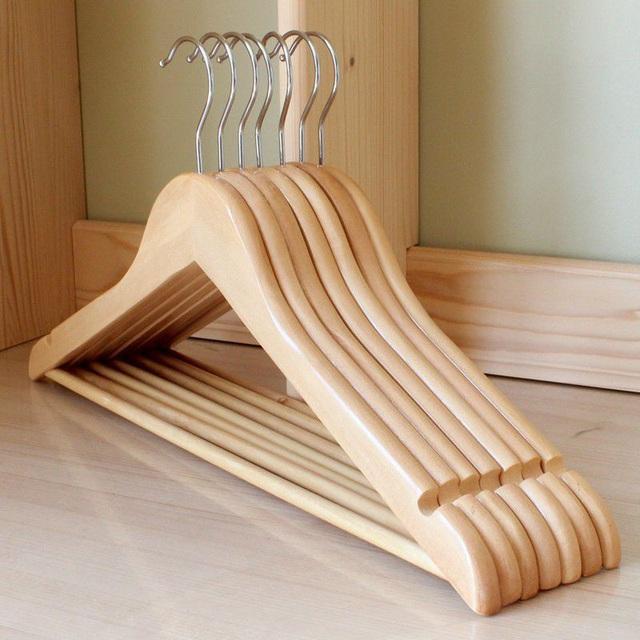 Lựa chọn 5 loại móc treo này đảm bảo cân đủ các loại quần áo khó chịu nhất trong tủ đồ, giá thành còn phù hợp với điều kiện kinh tế của các chị em - Ảnh 2.