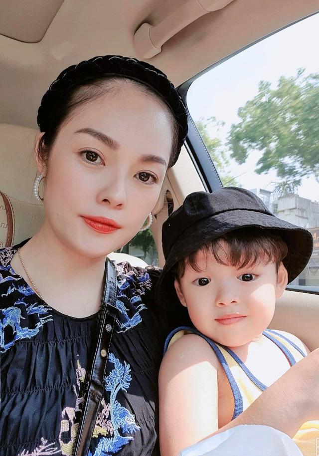Những bà mẹ đơn thân mạnh mẽ của Vbiz: Thu Quỳnh, Phạm Quỳnh Anh có cú lột xác ngoạn mục nhưng đáng nể nhất vẫn là Hiền Thục - Ảnh 11.