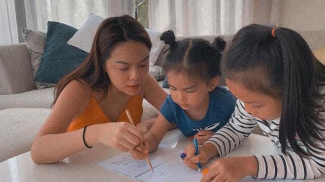 Những bà mẹ đơn thân mạnh mẽ của Vbiz: Thu Quỳnh, Phạm Quỳnh Anh có cú lột xác ngoạn mục nhưng đáng nể nhất vẫn là Hiền Thục - Ảnh 4.
