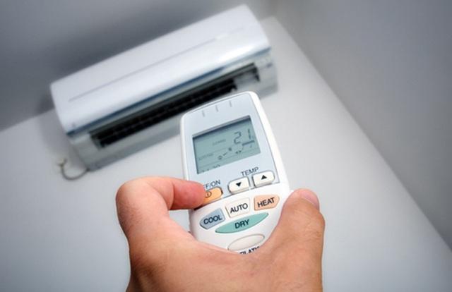 Tại sao chế độ Dry trên điều hòa có thể làm mát - Ảnh 2.