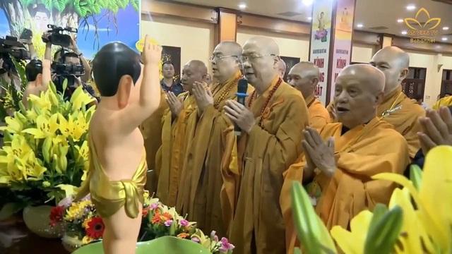 Ấn tượng đẹp sau Đại lễ Phật đản đặc biệt 2020 - Ảnh 3.