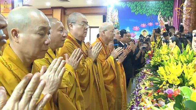 Ấn tượng đẹp sau Đại lễ Phật đản đặc biệt 2020 - Ảnh 4.
