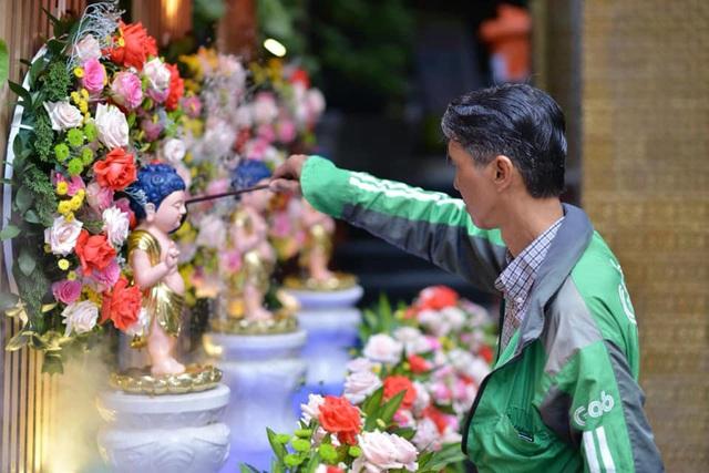 Ấn tượng đẹp sau Đại lễ Phật đản đặc biệt 2020 - Ảnh 26.