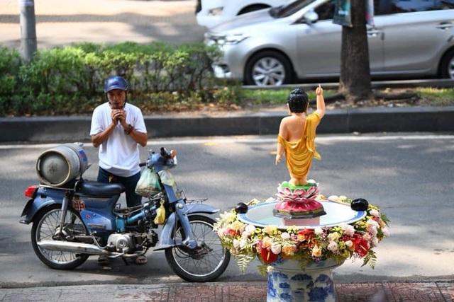 Ấn tượng đẹp sau Đại lễ Phật đản đặc biệt 2020 - Ảnh 25.